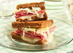 Thinkstock153533425_SSBLOG_FOOD_reuben