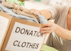 Thinkstock166668138_SSBLOG_SHOPPING_donation