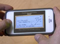 4 things to know about mobile check deposits
